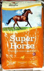 manna-pro-super-horse-14%-textured-feed-at-sunset-feed-miami