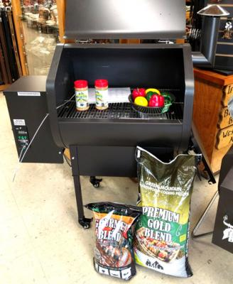 Daniel Boone Green Mountain Grill with Pellets &Rub