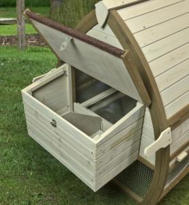 Backyard Charm Open Air Hutch Chicken Coop