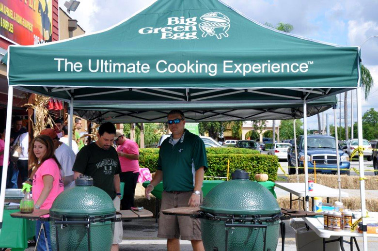 sunset-feed-big-green-egg-demo-cookout-bbq