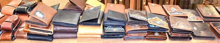 mens-leather-wallets-billfolds-@-sunset-feed-miami