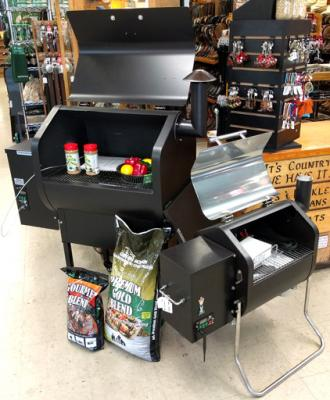 Daniel Boone & Davy Crockett Green Mountain Grills